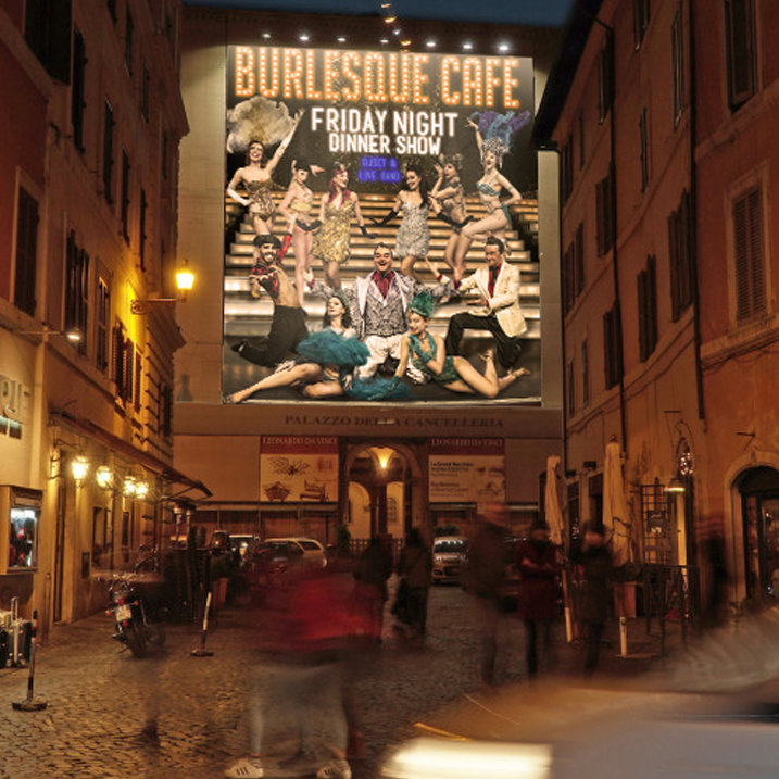 Burlesque Cafè'